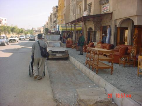 Inaccessibilité au trottoirs