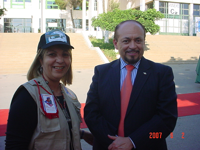 Avec son exelence l'ambassadeur du Mexiq